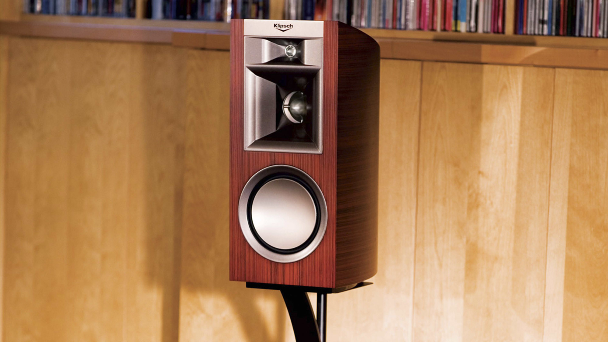 klipsch bookshelf speakers products reference white series