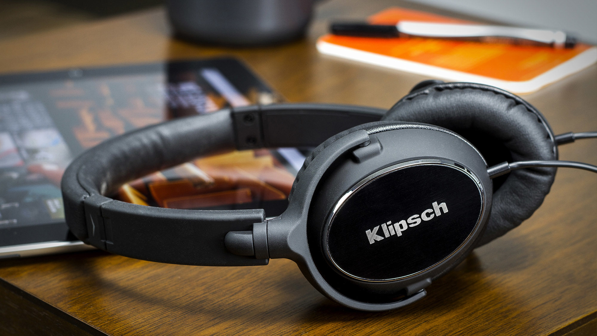 Klipsch  Reference  R6  Lifestyle 2