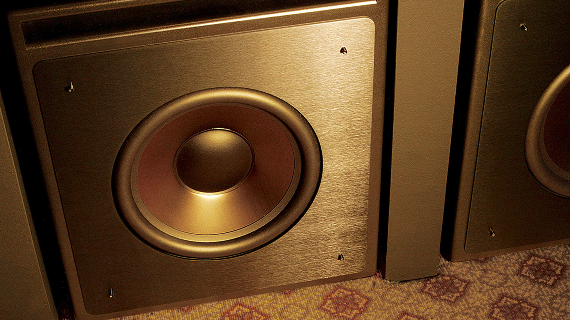 Klipsch  Thx  Ultra2  Series  Subwoofer  Lifestyle