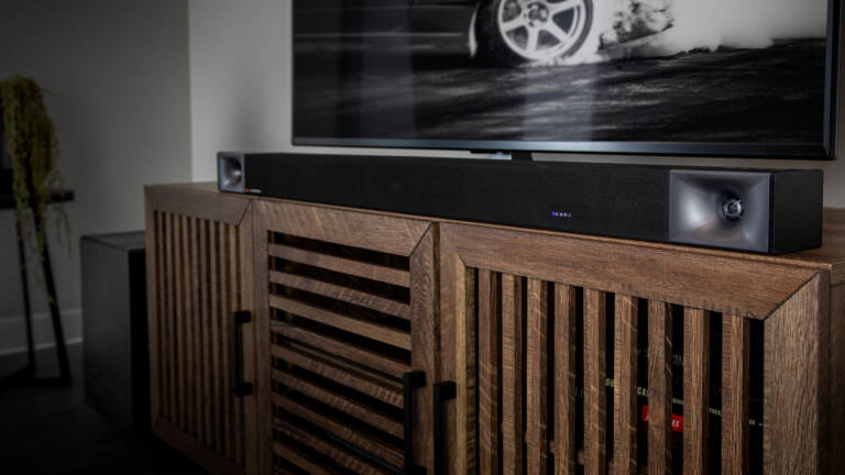 Klipsch Cinema 600 with wireless subwoofer on an entertainment center from the right side Desktop