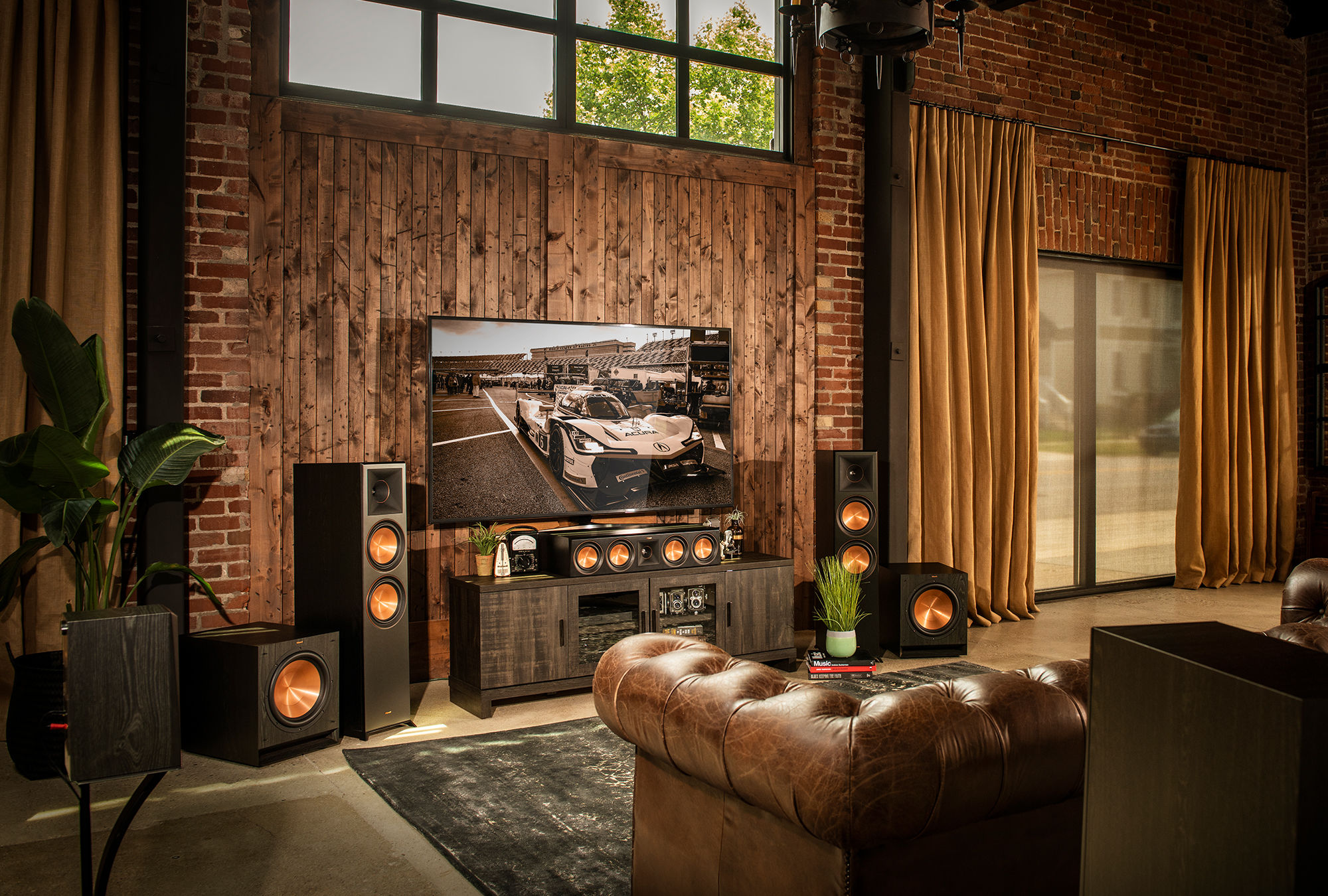 Klipsch speaker system with tv in living room
