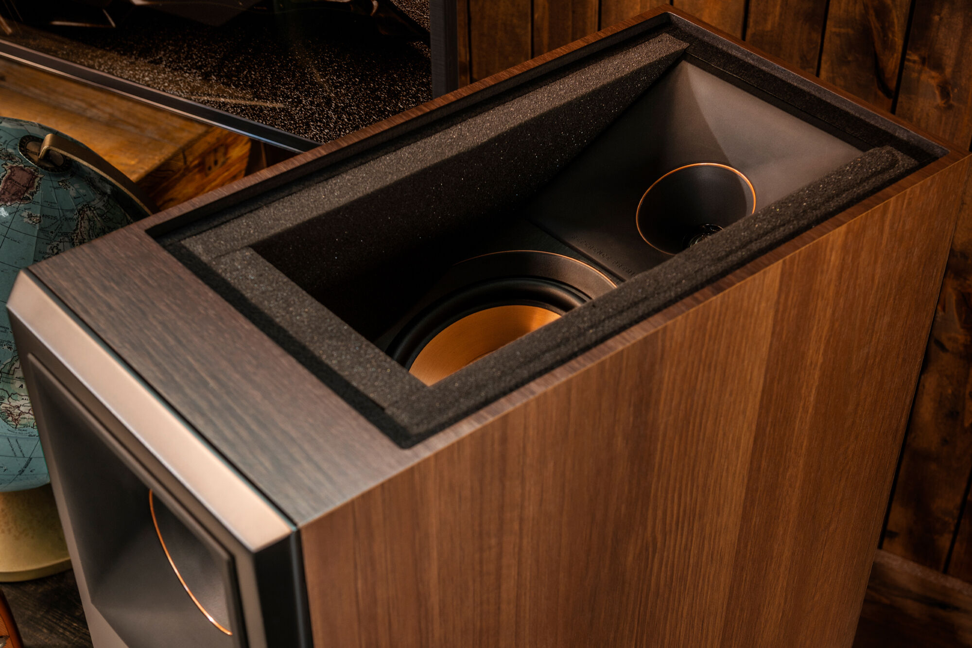 KLIPSCH reference best dolby atmos floorstanding speakers
