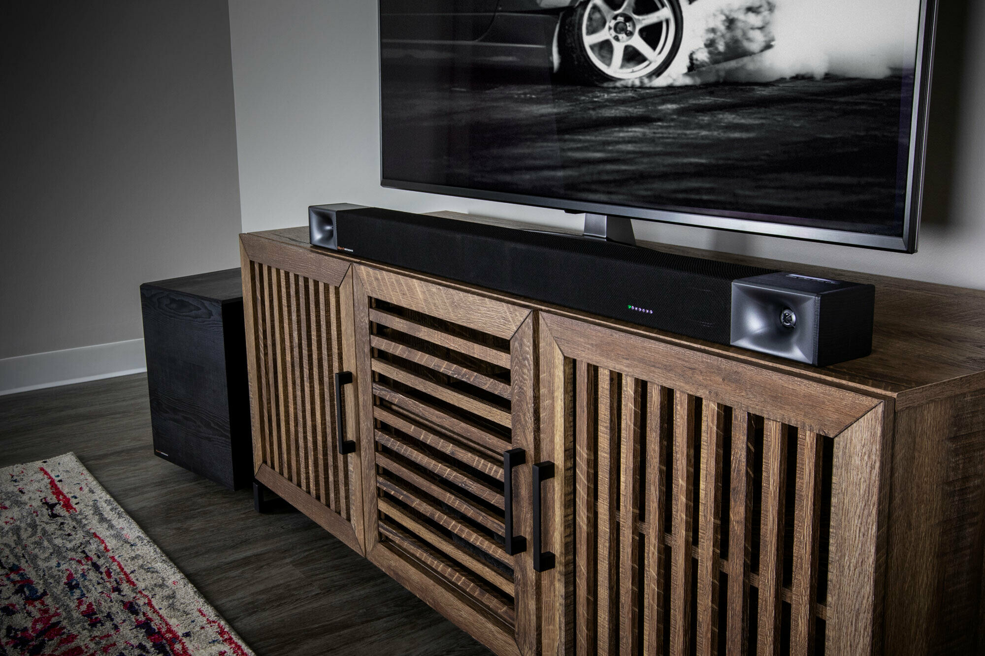 Klipsch Cinema 600 best sound bar dark living room