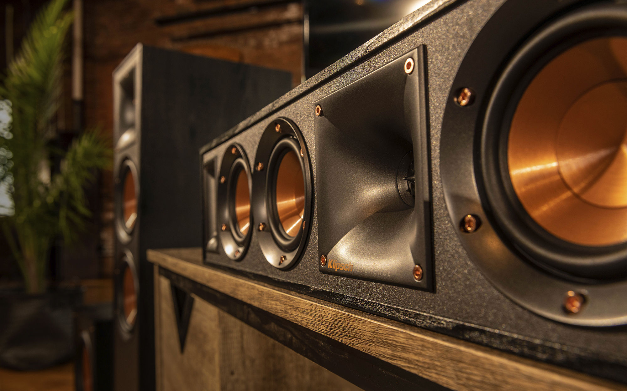 Klipsch R-34C center speaker up close