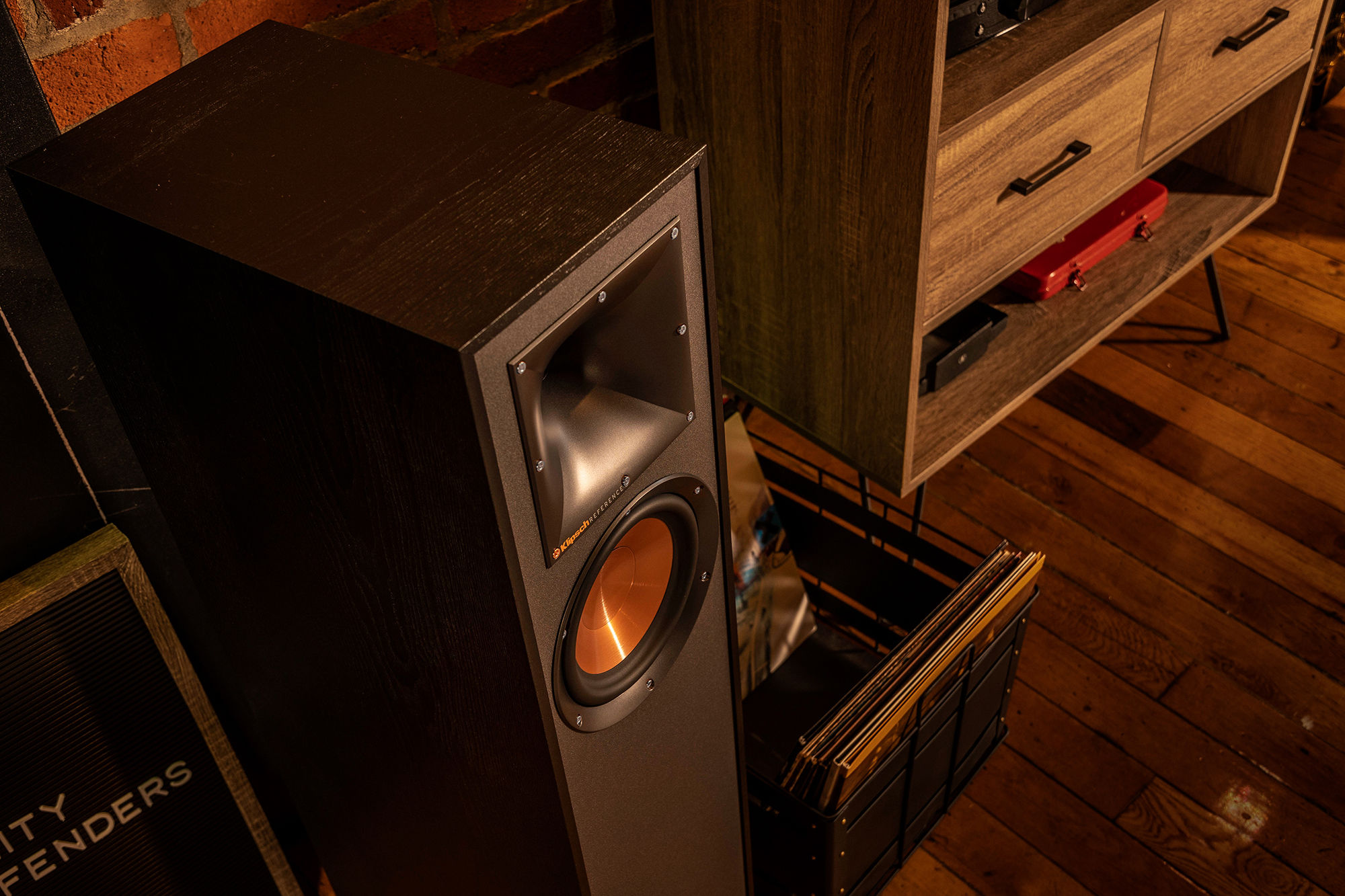 R-610F speaker with basket of records
