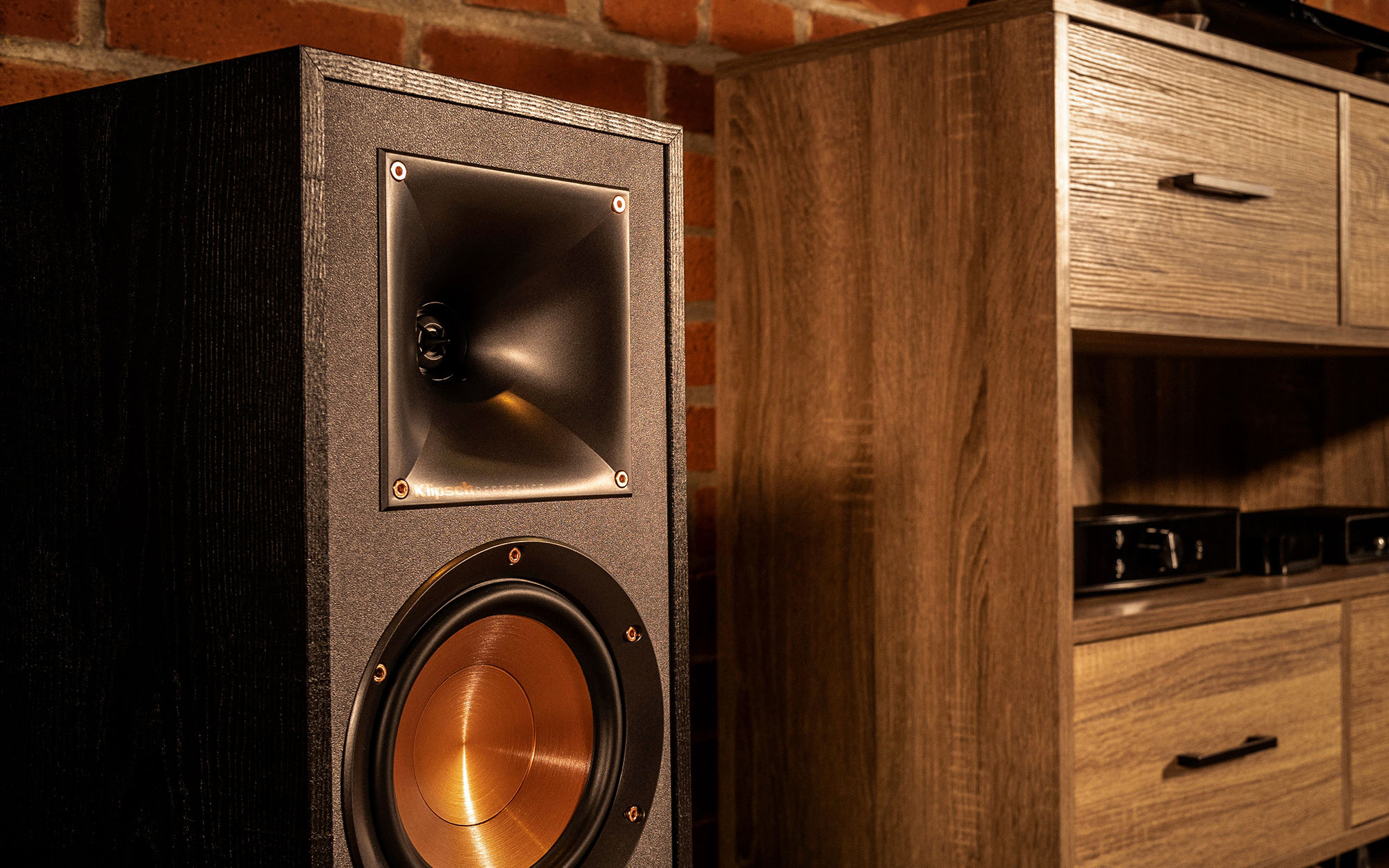 Bookshelf speaker up close