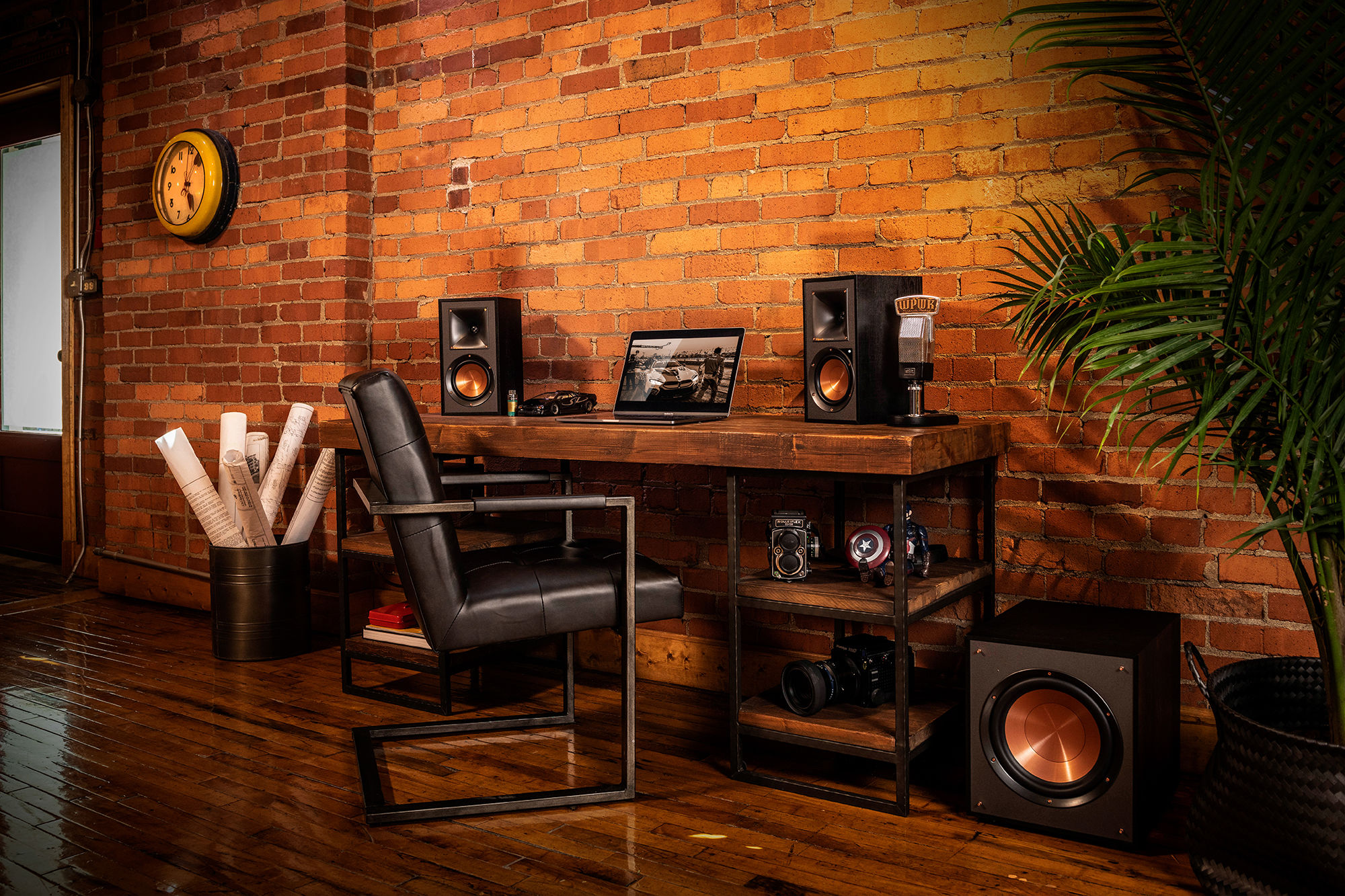 Klipsch Reference Powered Sub with speakers