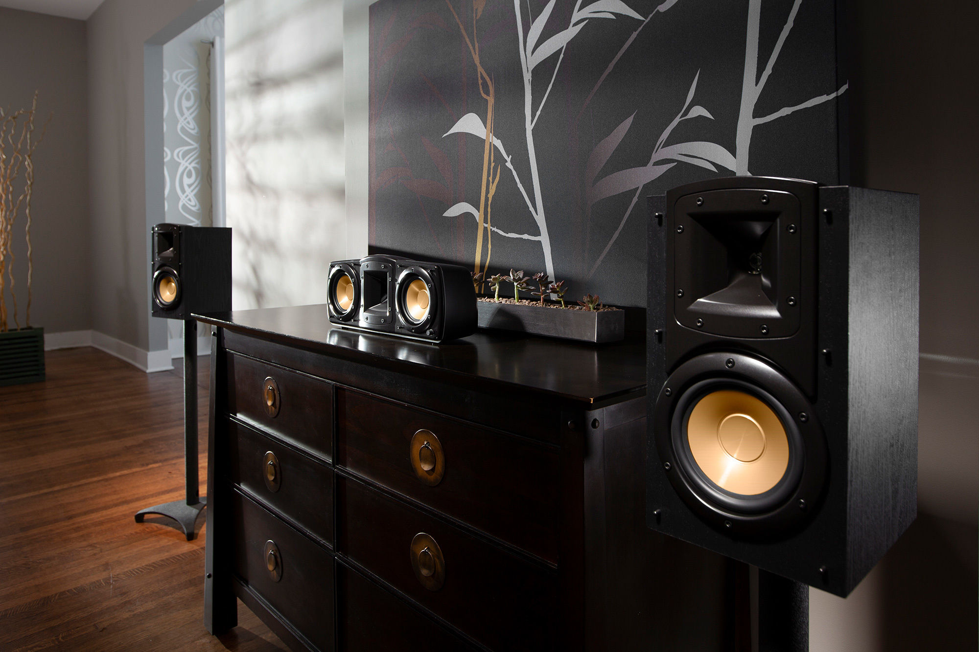 Synergy Black Label Lifestyle Klipsch