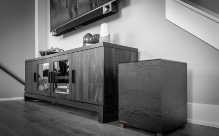 Klipsch Bar48 under a TV black and white