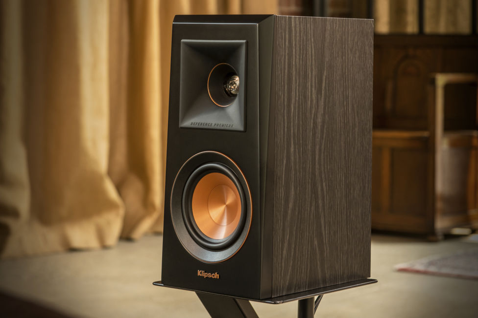 Klipsch Home Audio Bookshelf Speaker in Walnut