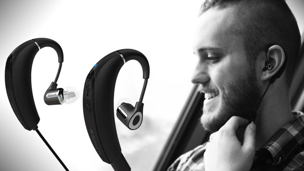 Man listening to R6 Bluetooth Headphones